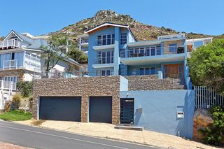 21 Properties and Homes For Sale in Fish Hoek, Western Cape